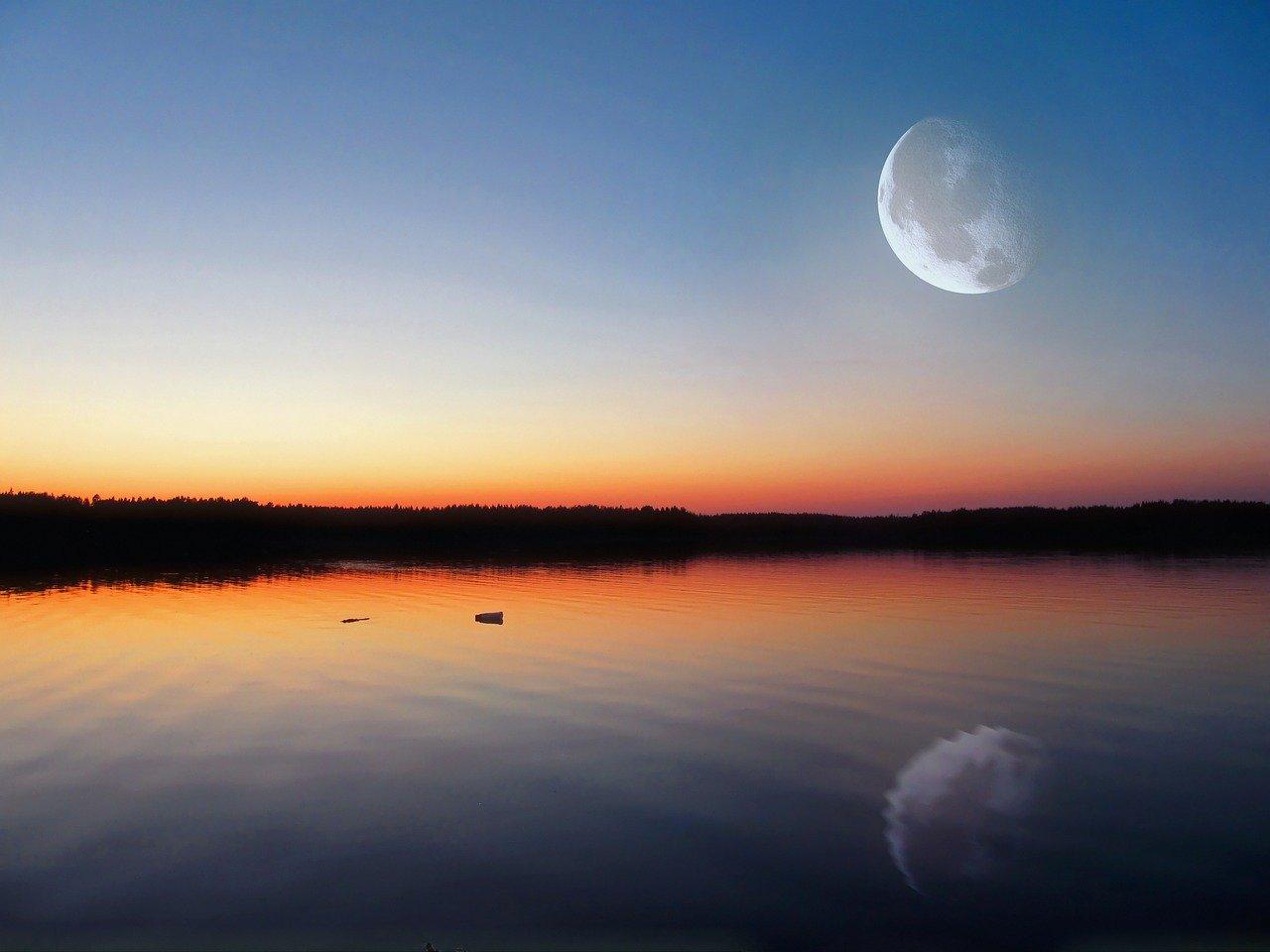 の うるわし の 月 宵